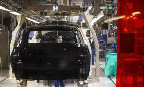 Autoeuropa retomou hoje a produção, mas volta a parar no fim de semana