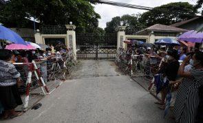 Myanmar: Junta anuncia libertação de mais de 700 detidos, incluindo presos políticos