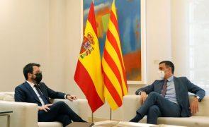 Governo independentista catalão insiste na autodeterminação apesar de Madrid recusar