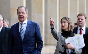 Rússia elogia o controlo da Turquia sobre os navios de guerra no Bósforo