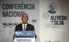 Marcelo quer explicação sobre isolamento do primeiro-ministro já vacinado