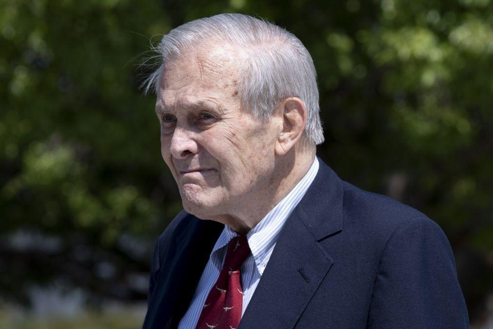 Morreu o antigo secretário da Defesa Donald Rumsfeld