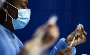 Covid-19: Financiamento de 600 ME para produção de vacinas