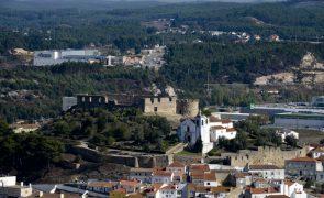 Covid-19: Surto ativo há dois meses com 21 trabalhadores agrícolas infetados em Torres Vedras