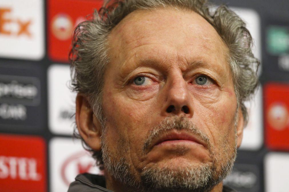 Michel Preud'homme deixa o Standard Liège