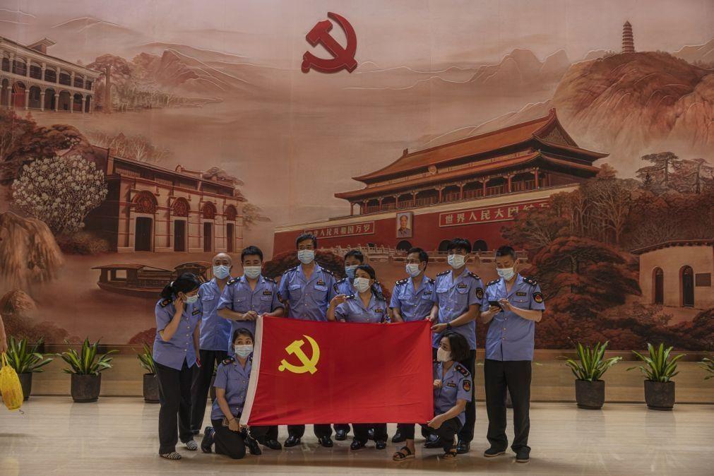 PC Chinês governará por muito tempo,