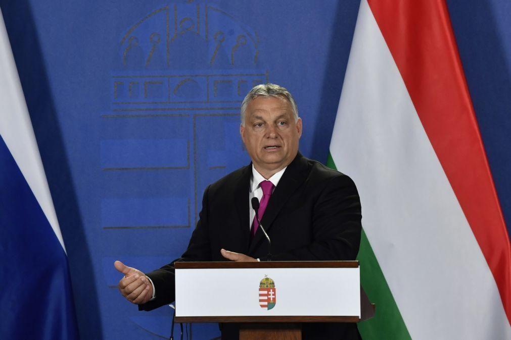 Orban classifica críticos da lei sobre homossexualidade como esclavagistas