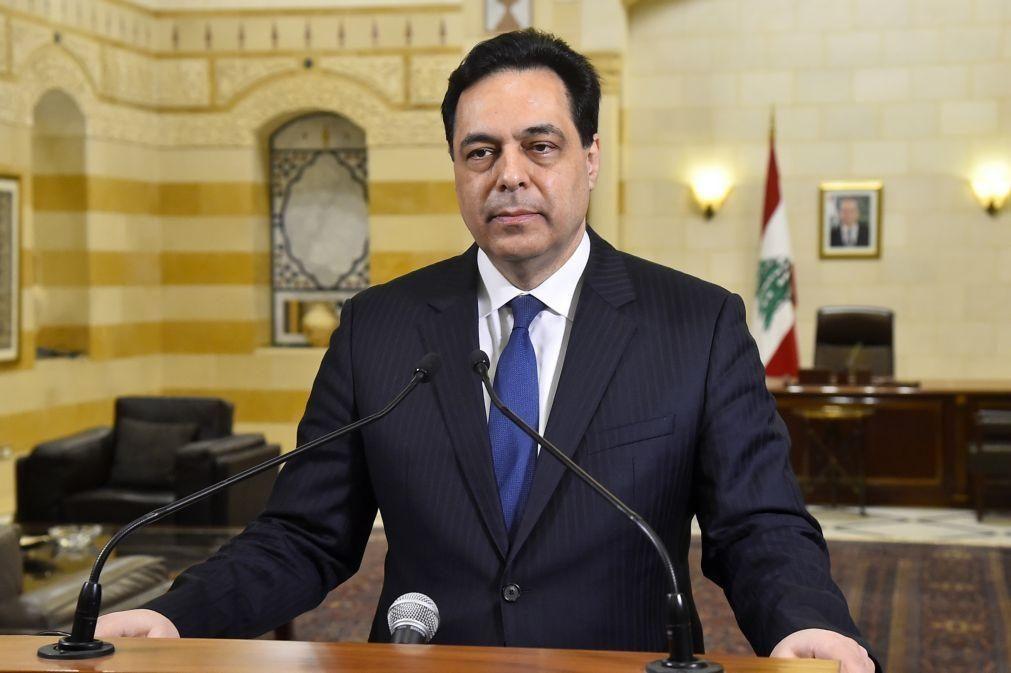 Primeiro-ministro libanês vai ser interrogado sobre explosão em Beirute