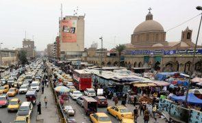 Mais de 50 graus no Iraque e nem um watt de eletricidade