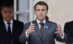 Macron diz a Putin ser necessária uma relação de maior confiança entre Rússia e UE
