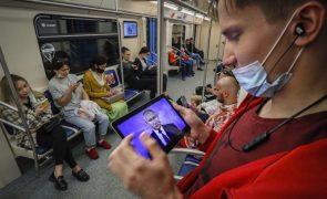 Covid-19: Rússia regista recorde diário de mortes pelo quinto dia consecutivo