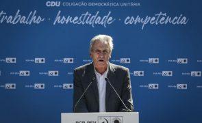 Covid-19: Jerónimo de Sousa quer «outra urgência» na vacinação