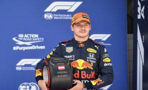 Max Verstappen conquista quarta 'pole position' do ano, a terceira consecutiva