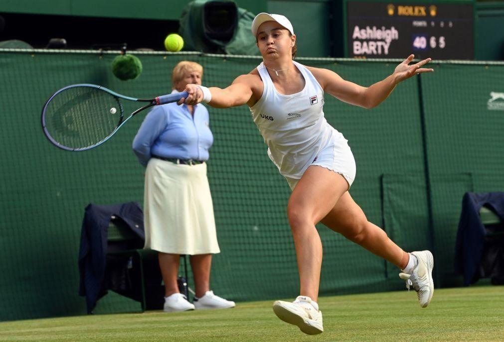 Wimbledon: Barty apura-se pela segunda vez para a quarta ronda