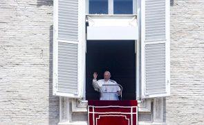 Papa Francisco pede
