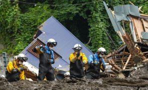 Sobe para quatro os mortos e 80 os desaparecidos após chuvas intensas no Japão