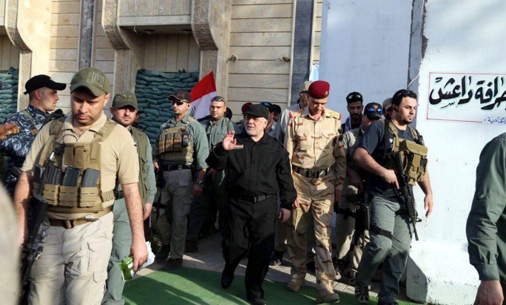 PM do Iraque anuncia vitória sobre 'jihadistas' com libertação de Mossul