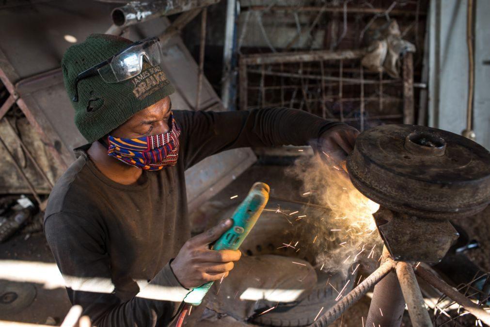 Crescimento no setor privado moçambicano acelerou em junho