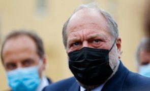 Ministro da Justiça francês indiciado sobre possíveis conflitos de interesse