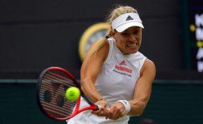 Wimbledon: Kerber vence Muchova e apura-se para as meias-finais