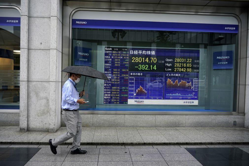 Bolsa de Tóquio abre a perder 1,52%