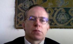 Professor de Direito recusa exame a aluna por estar «demasiado exposta»