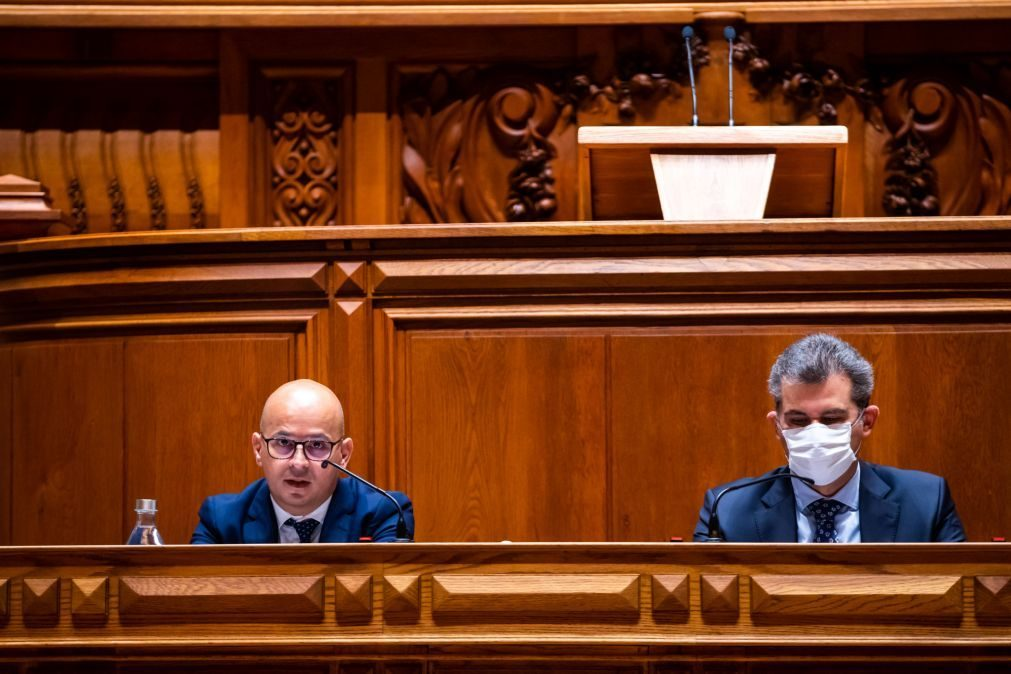 Covid-19: Governo quer aprovar em julho programa pós-moratórias