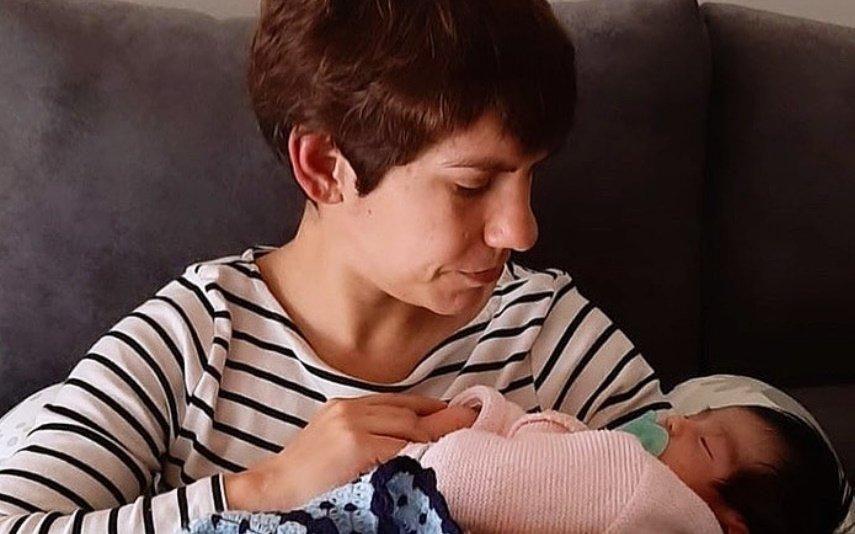 Covid-19: Beatriz Gosta revela que filha de quatro meses tem sintomas