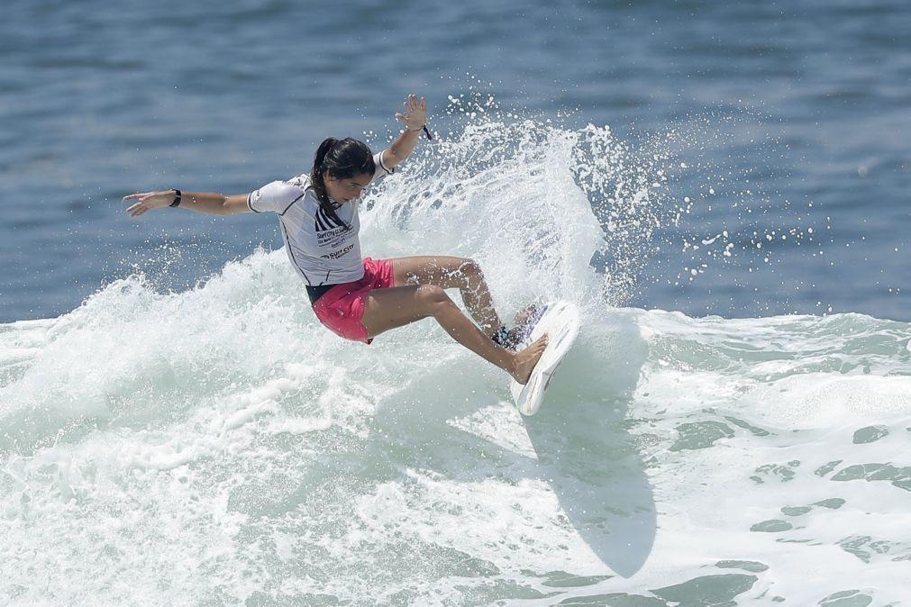 Vasco Ribeiro e Teresa Bonvalot confirmados no 'playoff' da Liga Mundial de Surf