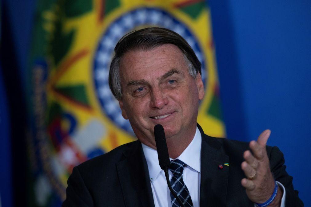 Bolsonaro sugere orações em sessões do Supremo Tribunal Federal do Brasil