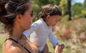 Cláudia Vieira prepara batizado da filha mais nova [vídeos]