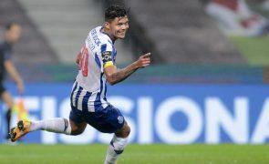 Evanilson e Otávio regressam aos treinos no FC Porto