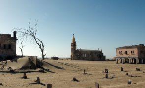 Presidente angolano diz que obras para minimizar seca no Cunene avançam em outubro