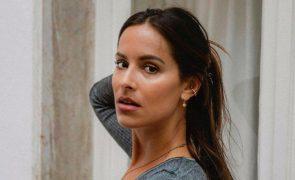 Mariana Monteiro Incidente nas férias deixa atriz com o lábio deformado