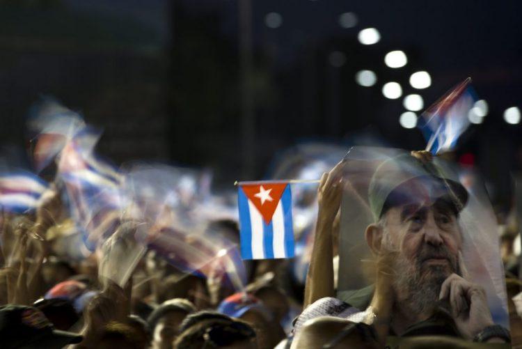 Funeral de Fidel Castro começou em Santiago de Cuba
