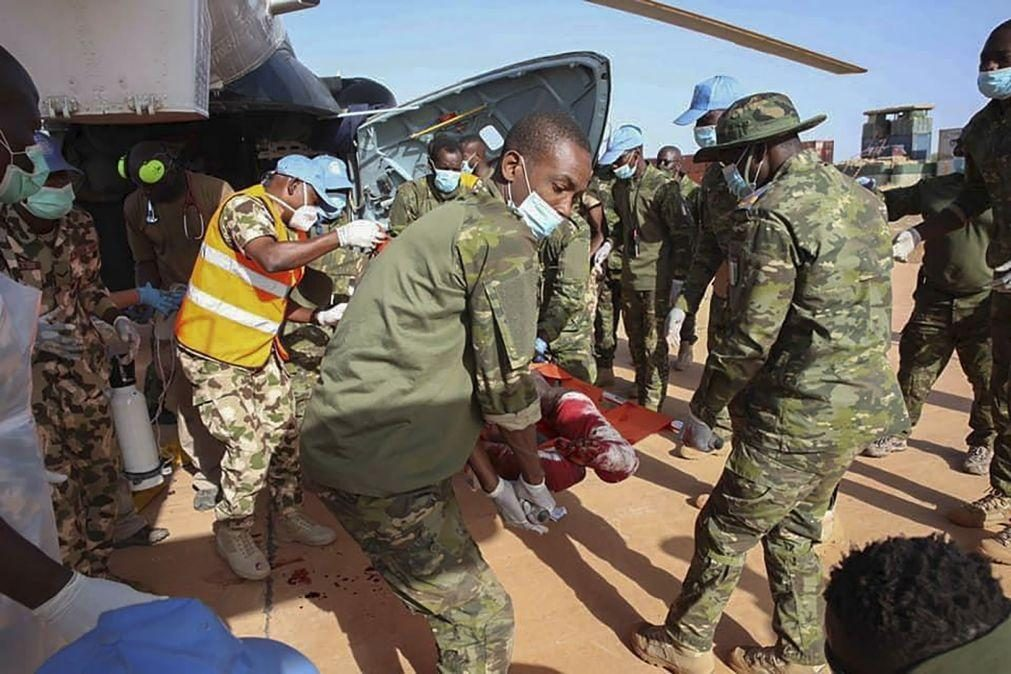 Pelo menos sete 'capacetes azuis' feridos no Mali