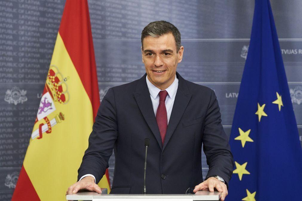 Pedro Sánchez anuncia hoje grande remodelação do Governo em Espanha
