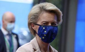 Covid-19: UE com doses suficientes para vacinar 70% da população ativa