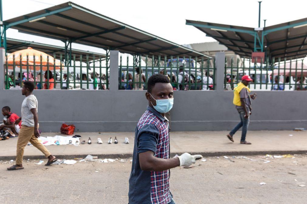 Covid-19: Moçambique com 15 mortes num dia e recordes de infeções e internamentos