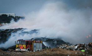 Incêndio em Cascais em fase de resolução com 120 operacionais no terreno