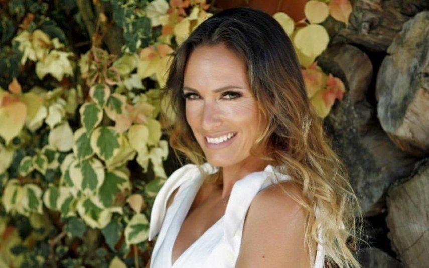Fernanda Serrano faz declaração de amor apaixonada ao namorado