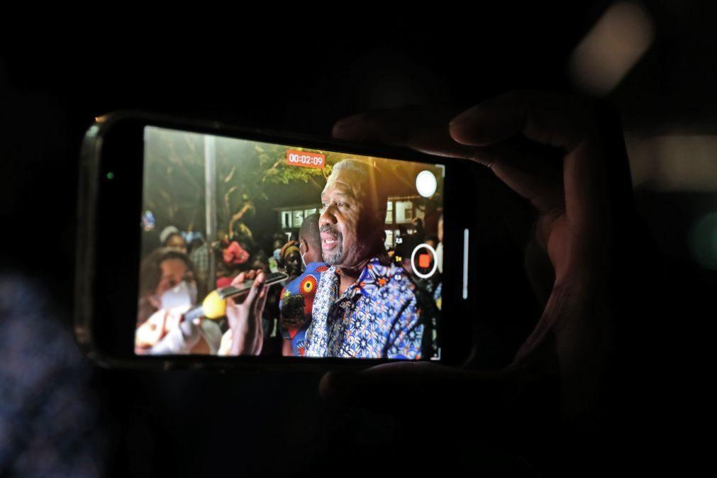 São Tomé/Eleições: Coronel candidata-se às presidenciais para ser