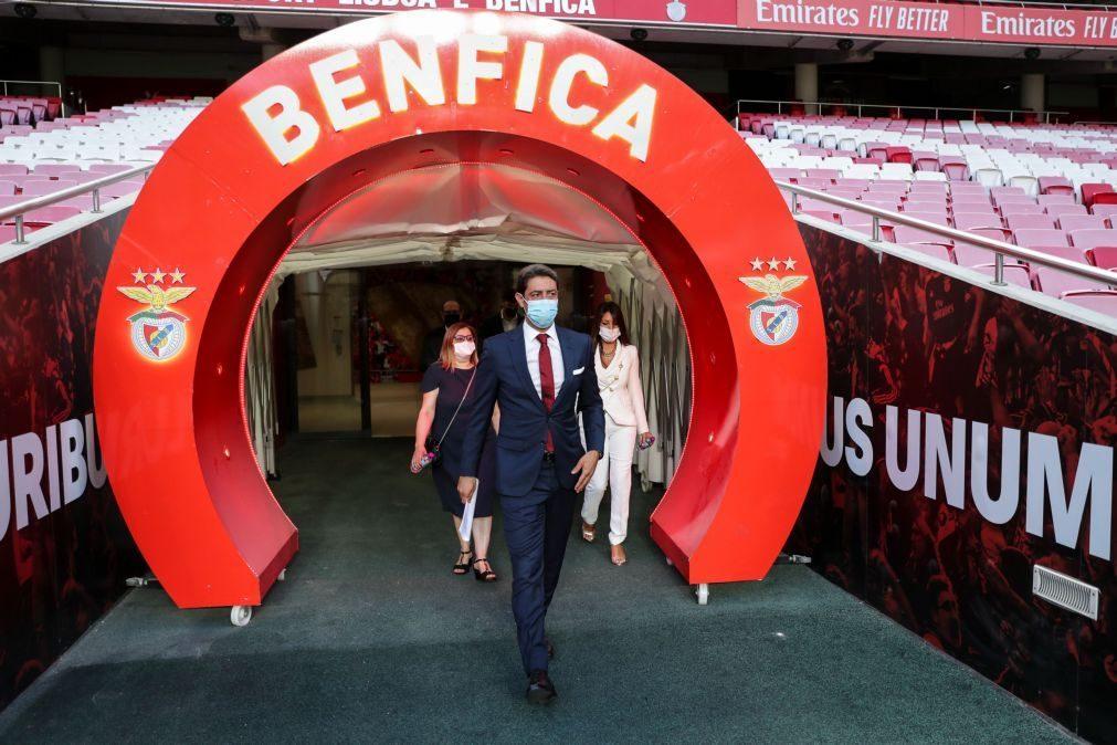 Cartão vermelho: CMVM levanta suspensão de ações da Benfica SAD