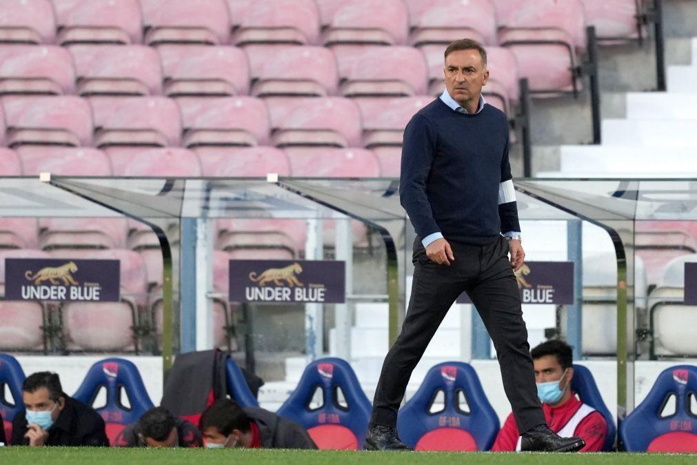 Carlos Carvalhal leva 33 jogadores para estágio do Sporting de Braga no Algarve