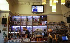 Covid-19: Passe sanitário em França será obrigatório em bares, restaurantes e transportes