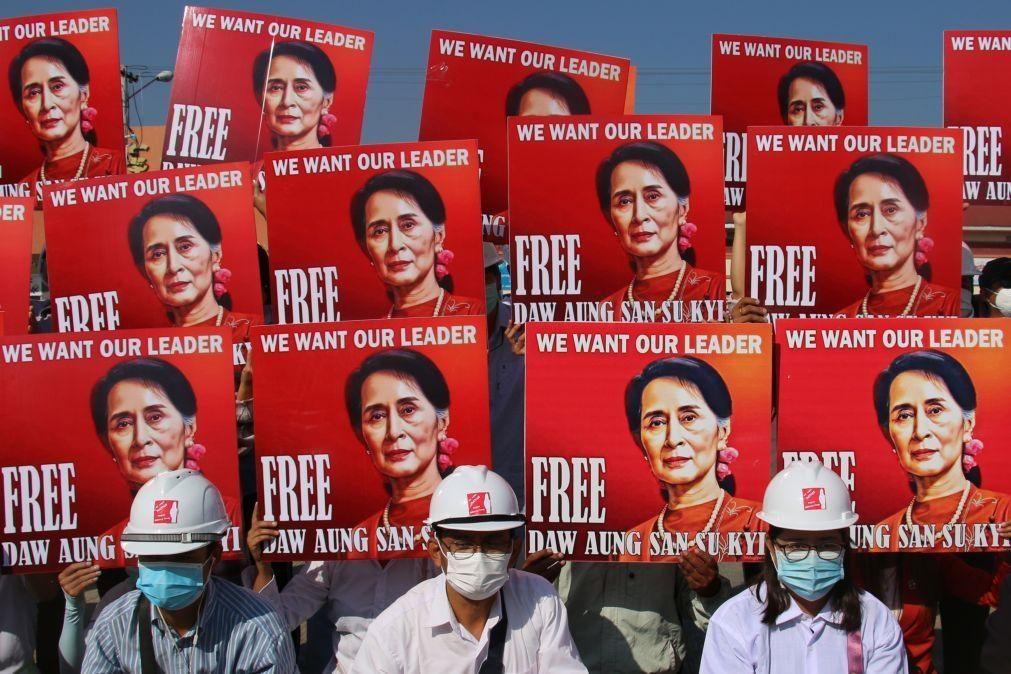 Novas acusações de corrupção contra líder deposta em golpe de Estado em Myanmar
