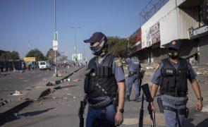 Pelo menos 32 pessoas morrem em onda de violência que atinge a África do Sul