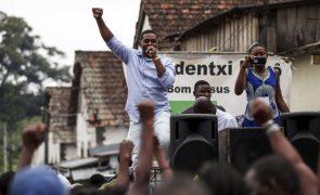 São Tomé/Eleições: Candidato independente Abel Bom Jesus não tem dinheiro mas promete alegria