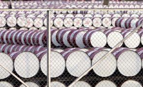 Angola encaixou 756 milhões de euros com exportação de petróleo em junho
