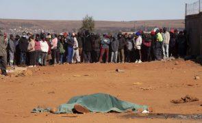 Sobe para 72 o número de mortos em violência que se alastra na África do Sul